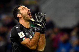 gianluigi buffon 20171113 0099 300x200 - Itália só empata e está fora da Copa do Mundo - o tempo jornalismo