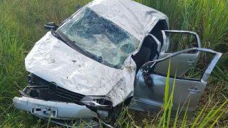 Itapetinga: Jovem morre após perder controle de carro, capotar e cair em ribanceira