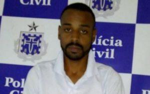 prof 300x188 - Professor de futebol é preso por abusar de alunos - o tempo jornalismo