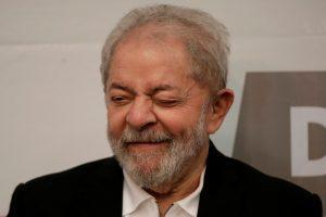 brasil ex presidente lula 20171009 002 300x200 - Lula lidera pesquisa em São Paulo, com 21,8% - o tempo jornalismo