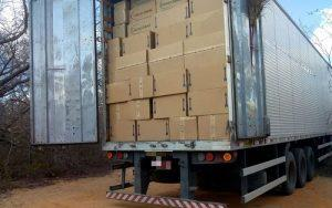 00 300x188 - Bahia: Polícia recupera carga de sapatos roubados avaliada em R$ 1 milhão - o tempo jornalismo