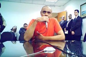 cd 300x200 - Agressor de Bolsonaro aparenta calma e chama de 'incidente' o violento atentado contra a vida do candidato - o tempo jornalismo