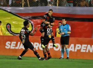 IMAGEM VITORIA 5 300x221 - Neilton comemora fim da seca de gols: 'Feliz por poder voltar a marcar' - o tempo jornalismo