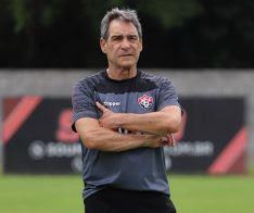 Carpegi - Vitória anuncia demissão de Paulo Cézar Carpegiani - o tempo jornalismo