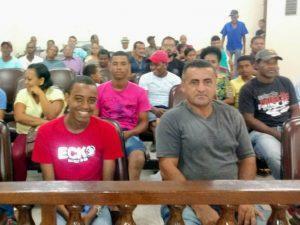 Povo 1 300x225 - Camacan: Legislativo aprova projeto da fábrica de água Mineral de Novo Itamarati (Biscó) - o tempo jornalismo