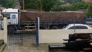 Caminhão 2 300x169 - Camacan: Caminhão de madeira apreendido em Jacareci - o tempo jornalismo