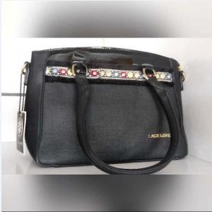 """Bolsa 300x300 - Camacan: A """"K-Boutique"""" está por dentro da moda - o tempo jornalismo"""