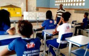 Governo da Bahia publica edital para professor e coordenador pedagógico da rede estadual de ensino 3.096 vagas são oferecidas e1547119854153 300x188 - Governo ainda não tem data para convocar professores aprovados em concurso - o tempo jornalismo