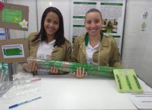 w2 300x216 - Estudantes de Itororó criam cercas sustentáveis com garrafa pet - o tempo jornalismo