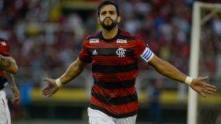 Flamengo encaminha venda de Henrique Dourado para clube da China, diz jornalista