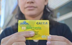 Bolsa 300x188 - Bolsa Família terá pagamento de 13º em dezembro, confirma ministro da Cidadania - o tempo jornalismo