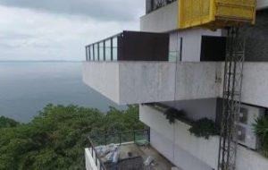 Capturar 1 1 300x190 - Elevador despenca e mata duas pessoas em Salvador - o tempo jornalismo