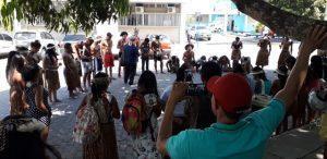 dfg 300x146 - Índios Pataxós  de Pau Brasil realizam protesto no Hospital de Base em Itabuna - o tempo jornalismo