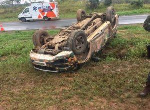vf 2 300x221 - Acidente com viatura deixa três policiais feridos na BR-324 - o tempo jornalismo