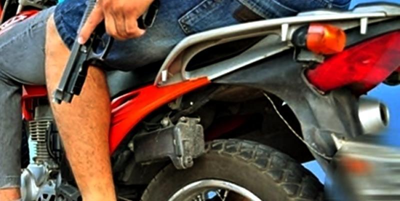 São João do Paraíso: Assaltantes roubam mercado, e atiram contra menor