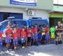 Camacan: Policiais militares entregam ovos de Páscoa para crianças