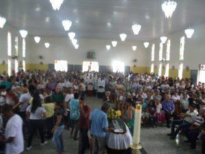 GEDC1230 300x225 - Camacan: Multidão se despede do Padre Odenilton em grande acompanhamento - o tempo jornalismo