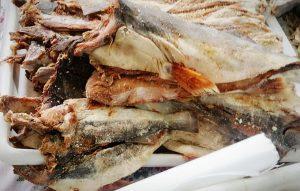 e90ba721 21d6 4564 8773 c6ce9bebc063 300x191 - Camacan: Aproveite a promoção de peixes do Super Sacolão - o tempo jornalismo
