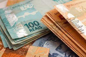 ff 1 300x200 - Governo propõe salário mínimo de R$ 1.040 para o próximo ano - o tempo jornalismo