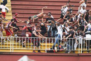 13342196 300x200 - Torcedores violentos serão impedidos de entrar no Brasil para Copa América - o tempo jornalismo