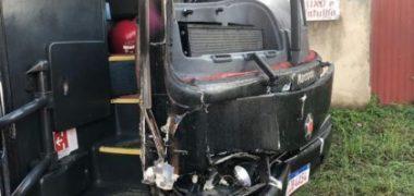 Ônibus com o cantor Sinho Ferrary se envolve em acidente na BA-262