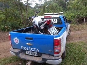 67d570b0 0423 48df b860 2785d341389c 300x225 - Arataca: PM recupera motocicleta roubada - o tempo jornalismo