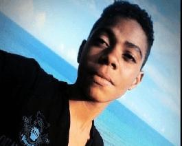 Capturarkkkkk - Bahia: Adolescente de 17 anos é morto em praça enquanto andava de skate - o tempo jornalismo