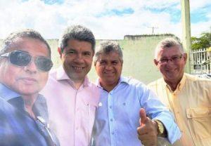 172564 3 1 1 e1565686274957 300x208 - Ex-prefeito de Ipirá e motorista de caminhão morrem em acidente na BA-052 - o tempo jornalismo